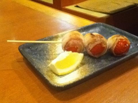 「海鮮料理 磯野の匠」でバラトマト(串焼き)を食べた