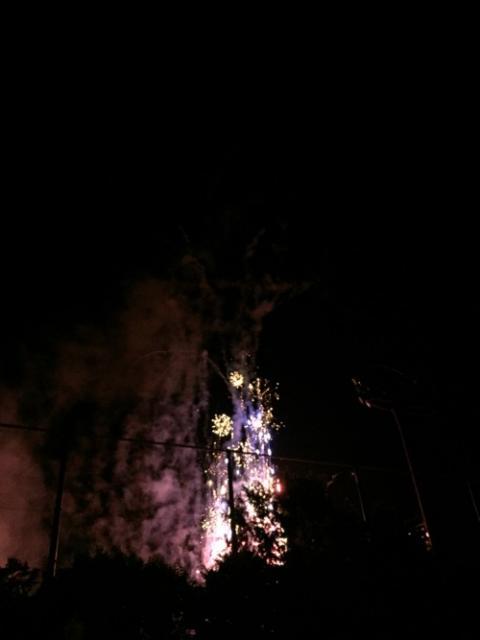 愛媛県伊予郡松前町の花火大会をエミフルMASAKIの歩道から観た感想 - 2016年(平成28年)夏
