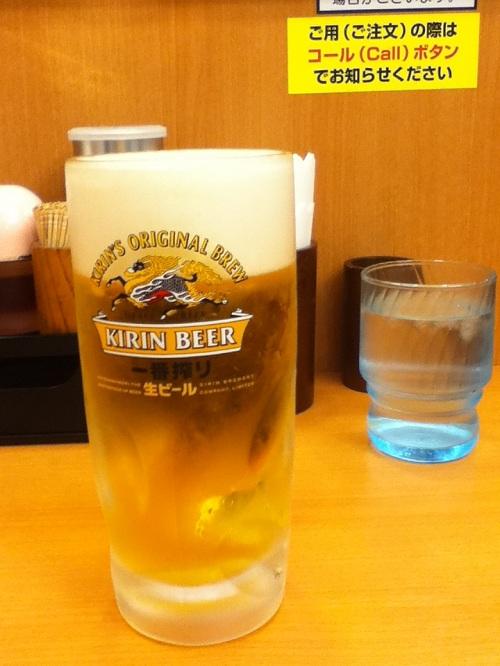 日高屋で注文した生ビール「キリン一番搾り」