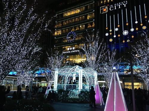 JR博多シティ(JR HAKATA CITY)前のクリスマスイルミネーション