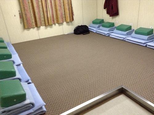 小倉・松山フェリーの410号室の室内