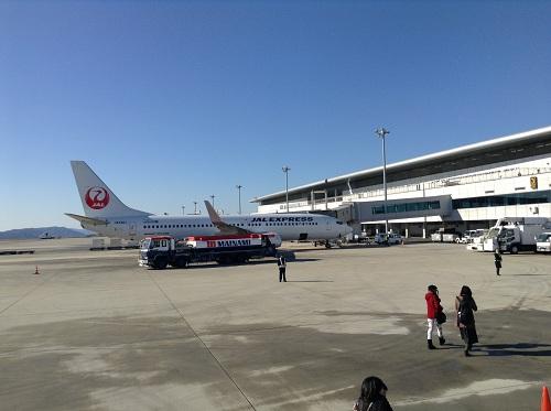 広島空港の飛行機(JAL)