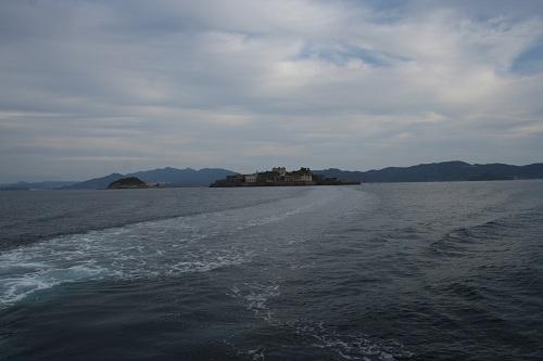 マーキュリー(軍艦島上陸・周遊ツアー船)の船上から眺めた軍艦島