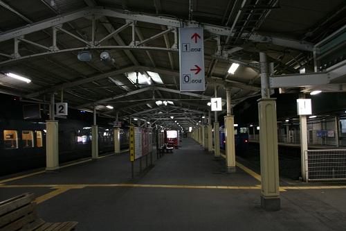 長崎駅ホーム(1番乗り場付近)