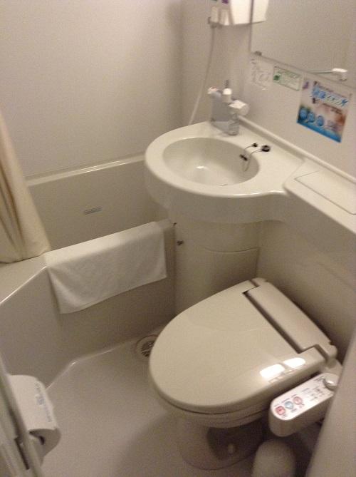 スーパーホテル東京・JR新小岩のシングルルームのお風呂とトイレ