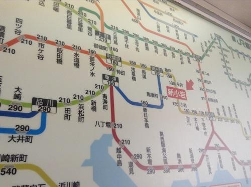 JR新小岩駅券売機の上に掲示されている周辺路線図