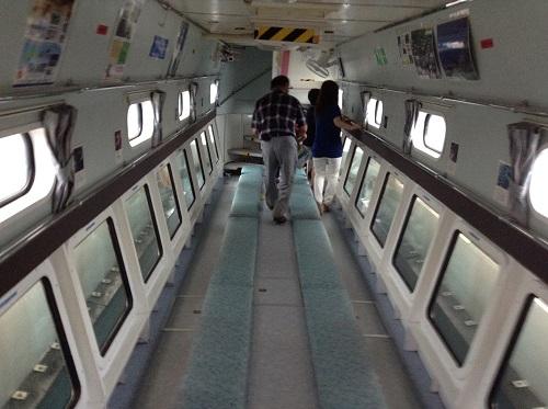 海中展望船「愛媛観光船ユメカイナ(愛南町西海観光船)」の海中展望室の中