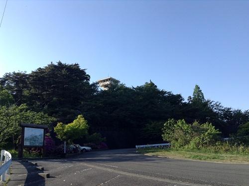 えひめ森林公園 谷上山第2展望台近くの駐車場、道路