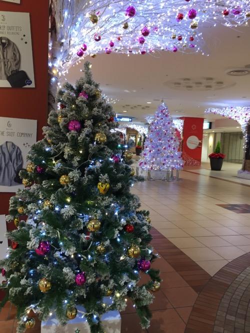 東京・八重洲地下街のクリスマスツリー