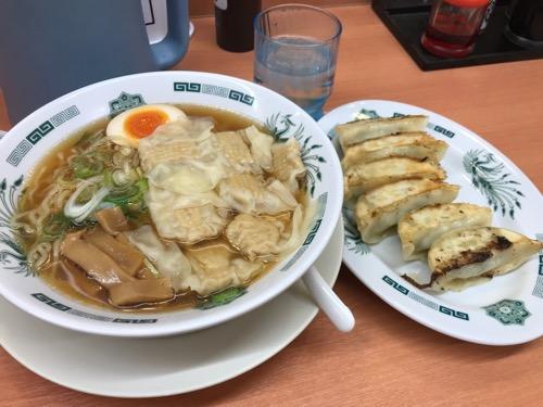 日高屋の期間限定メニュー・ワンタン麺の餃子セット