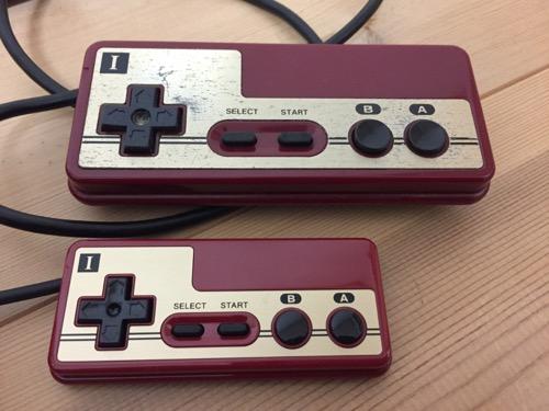 ニンテンドークラシックミニファミコンとファミリーコンピュータのコントローラI