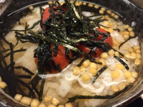 おんまく寿司 松山店の梅茶漬け