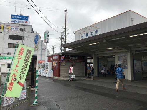 近鉄蟹江駅の駅舎