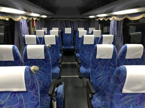 JR詫間駅前の代替バス3台目の車内の様子