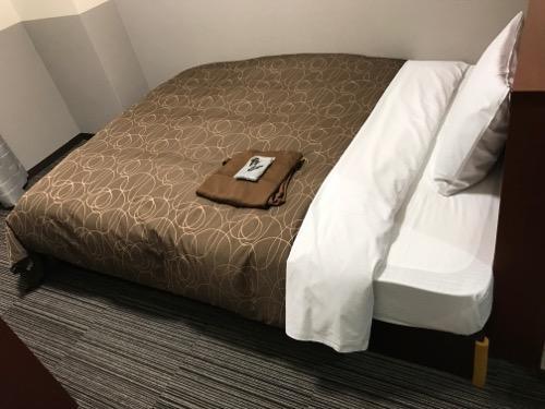 金沢ゆめのゆ(HOTELゆめのゆ)のシングルルームのベッド