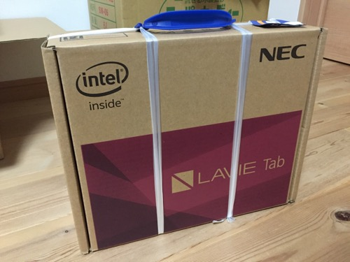 NEC PC-TW710CBS LAVIE Tab Wの段ボール箱