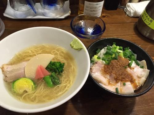 麺屋 月星「期間限定 春の塩ラーメン」とチャーシュー丼