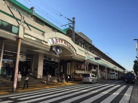 東京メトロ・JR綾瀬駅東口側の風景