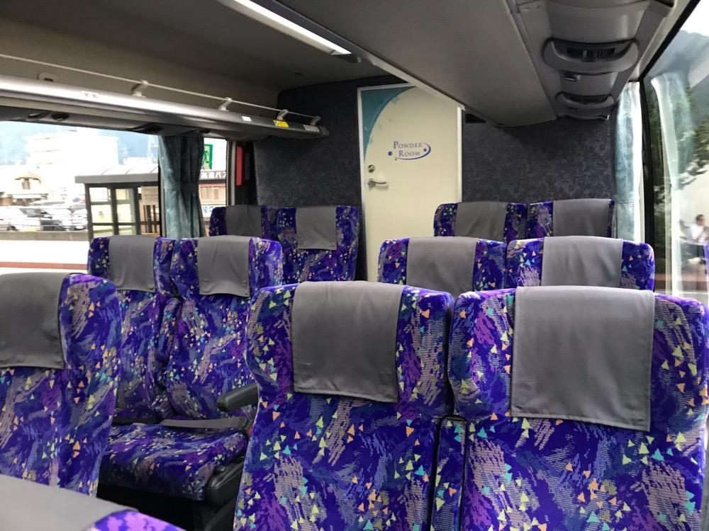 中央道高速バス 名古屋~飯田線(名鉄バスセンター(名古屋)行き)のバス車内(後方)