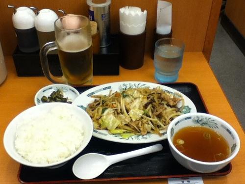 日高屋で注文した野菜炒め定食