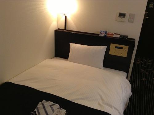 アパヴィラホテル 仙台駅五橋のベッド