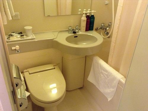 アパヴィラホテル 仙台駅五橋の室内の浴室、トイレ、洗面台など