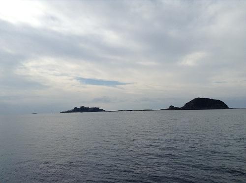 端島(軍艦島)と中ノ島