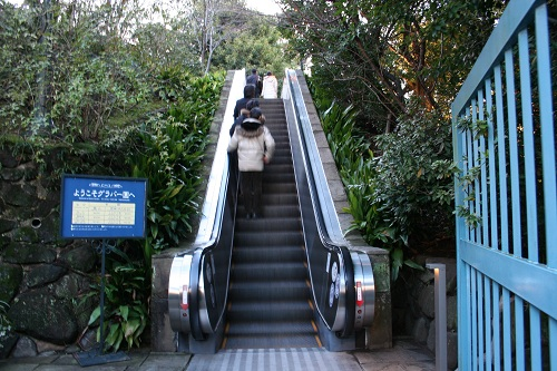 グラバー園入口のエスカレーター