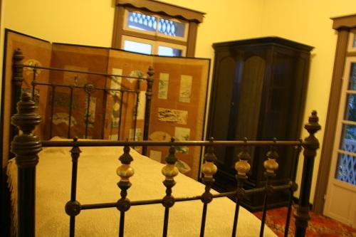 グラバー園・旧ウォーカー住宅室内のベッド