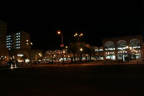 夜の佐世保駅(駅舎)