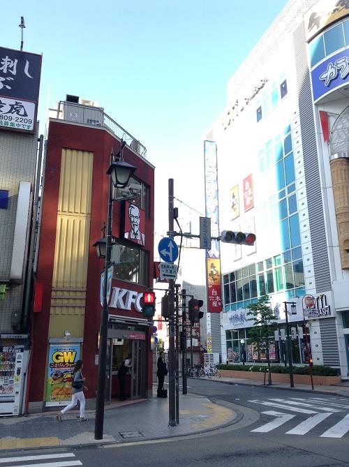 ケンタッキーフライドチキン新橋店(東京都港区新橋3-16-24)