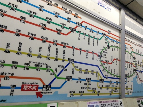 JR桜木町駅切符売り場上部に掲示されている周辺路線図