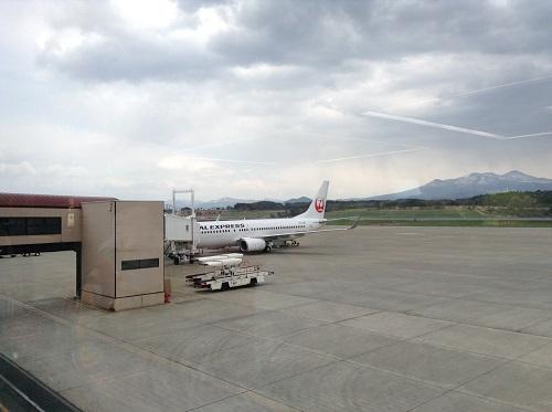 青森空港着のJAL 1203便