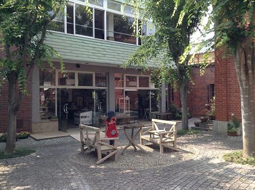 おおず赤煉瓦館(愛媛県大洲市大洲60番地)の中庭