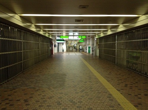 神戸市営地下鉄「新神戸駅」の地下通路