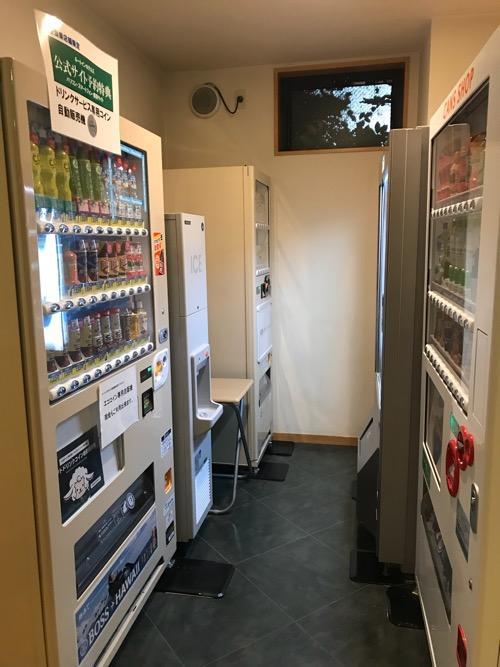 ホテルルートイン新潟県庁南の自動販売機コーナー