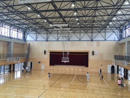 余土中学校の新体育館