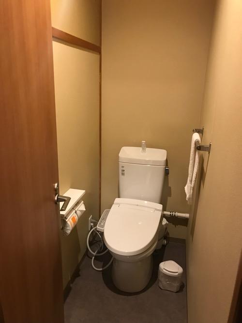 エクストールイン西条駅前の3階の和室タイプの部屋にあるトイレ
