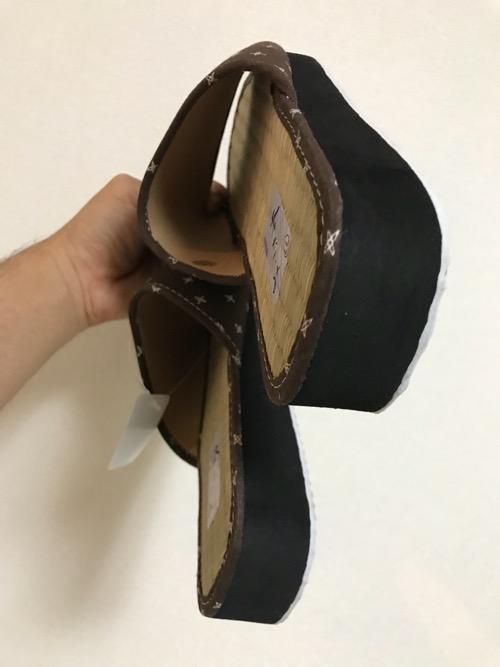 東京靴流通センター TS金町東急ストア店で購入したメンズ用のタタミサンダル(側面)