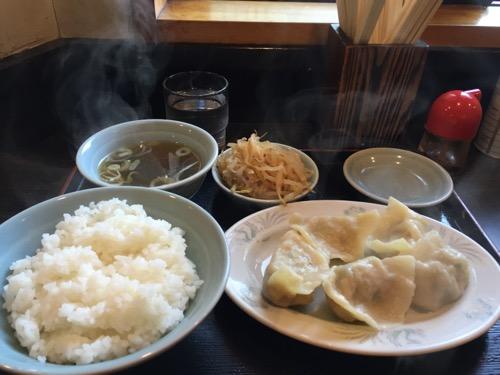 金町餃子の水餃子定食