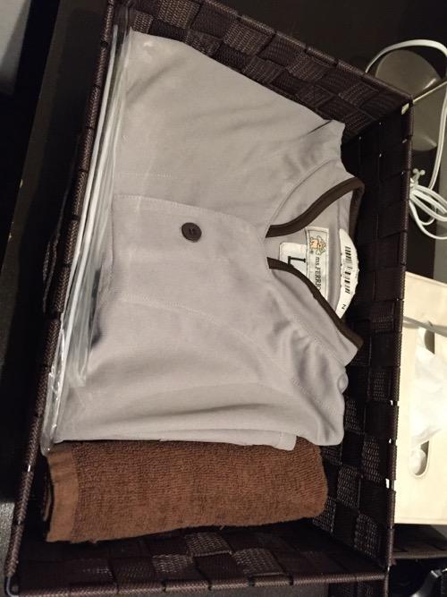 カプセルホテルCUBE広島のパジャマとタオル