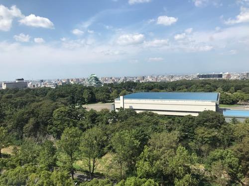 名古屋法務局11階のレストランの窓から見える風景(名古屋城など)