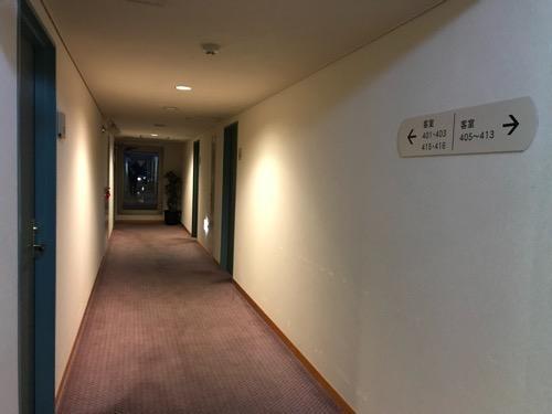 飛騨古川スペランツァホテルの4階客室前通路