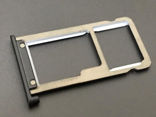 ASUS ZenPad 3S 10 (Z500KL)のSIMスロット