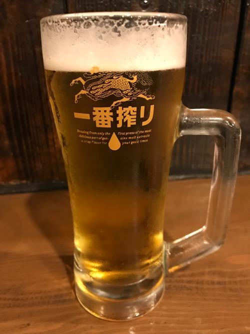 やきとり家美濃路名駅店の生ビール中ジョッキ(キリン一番搾り)