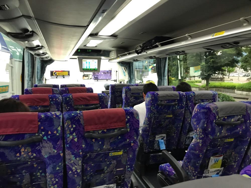 中央道高速バス 名古屋~飯田線(名鉄バスセンター(名古屋)行き)のバス車内(前方)