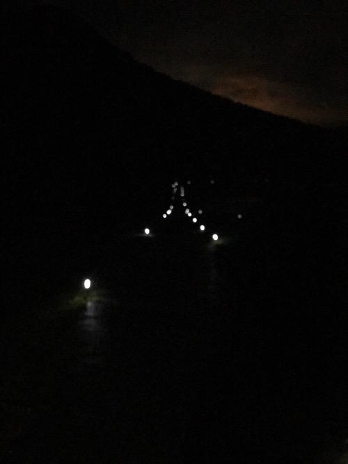 雨滝ほたるの里の鑑賞スポットへの下り道(写真撮影日時:2018年6月10日20時11分)