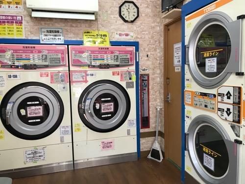 コインランドリーにあるTOSEIの2種類の乾燥機
