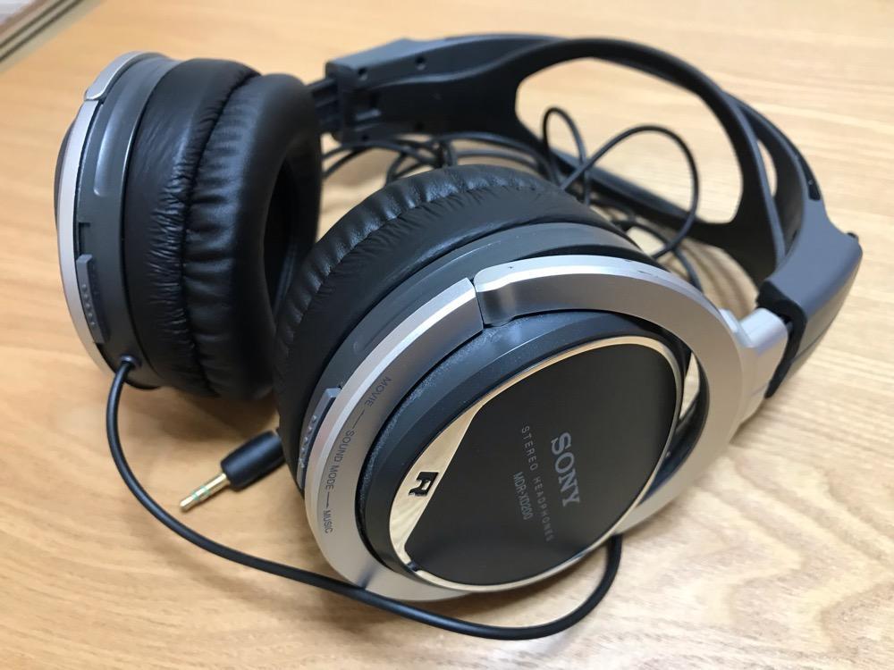 SONY STEREO HEADPHONES MDR-XD200(非純正イヤーパッドに交換後)