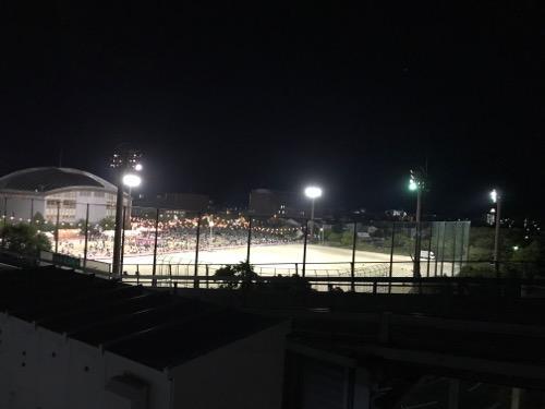 エミフルMASAKI立体駐車場から眺めた2017年愛媛県伊予郡松前町の花火大会開催直前の会場の様子